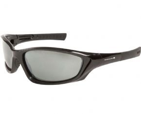 Endura Piranha Photochromic Lens Glasses - The ultimate, award-winning performance MTB jacket with monster breathability