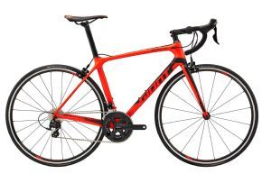 Giant Tcr Advanced 2 Road Bike 2018 - CLIMB FASTER. CORNER QUICKER. BREAK AWAY FROM THE PACK. FOR ALL-AROUND ROAD RACING